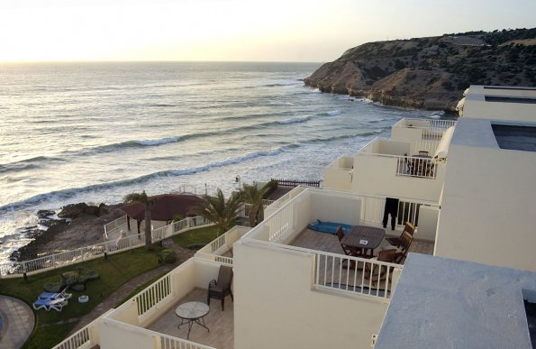 Killer Point Apartments beach | The Spot Morocco, surf morocco, surf marokko, surf camp morocco,  surfing in morocco, accommodation taghazout, apartment hire taghazout