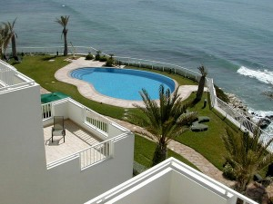 Killers Swimming Pool | The Spot Morocco | Killer Point Apartments, surf morocco, surf marokko, surf camp morocco, surfing morocco, acommodation taghazout